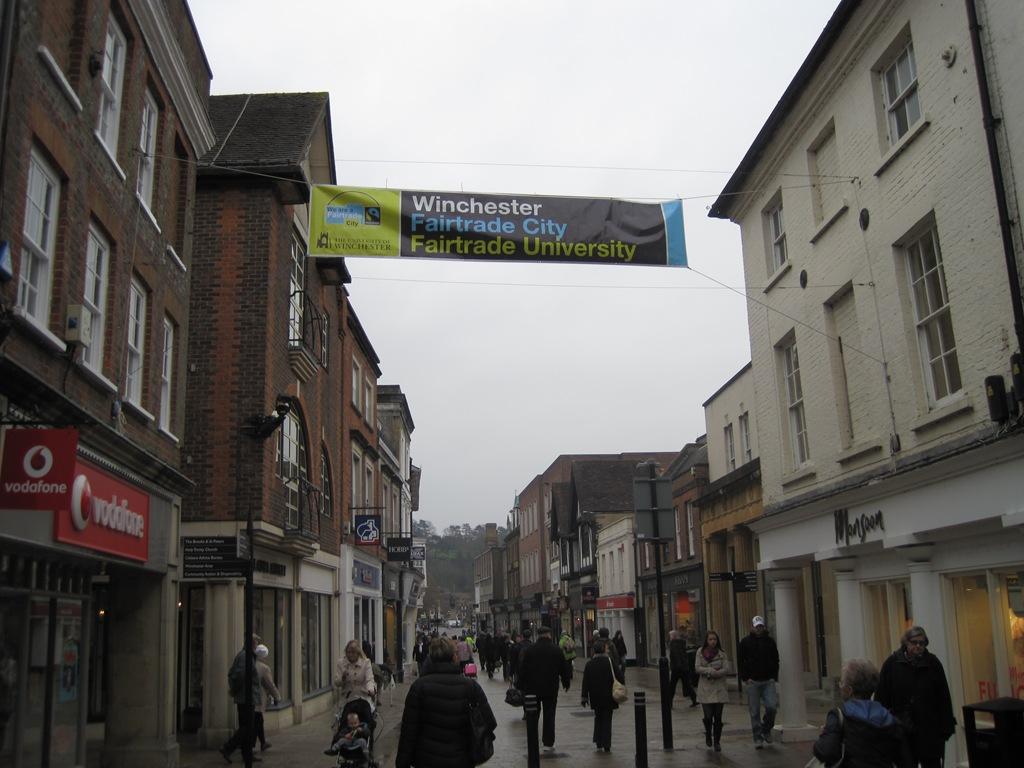 http://www.winchesterfairtrade.org.uk/wp-content/uploads/2011/03/FTF-2011-Banner-2.jpg
